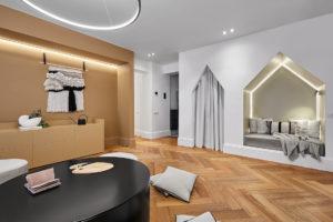 Oddychová místnost s výklenky