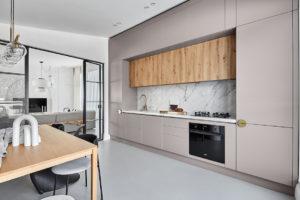 Kuchyň a jídelna pastelová
