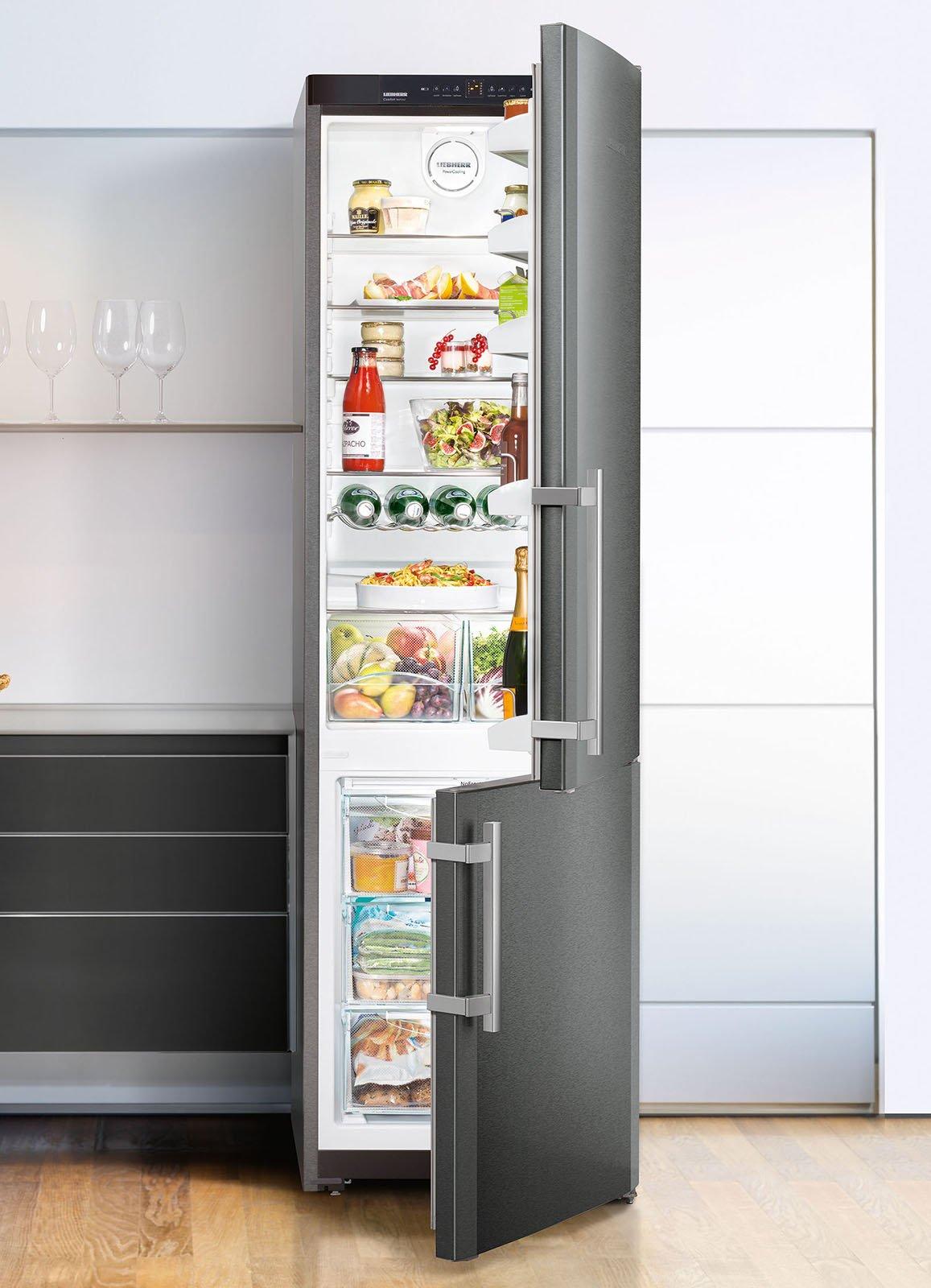 Nový model kombinované chladničky Bosch KGN49AIDP