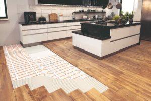 Elektrické podlahové vytápění v kuchyni