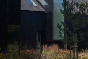 Velké otvory – vikýře vyrobené z oceli