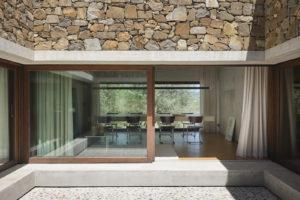 Otevřená jídelna středomorského domu