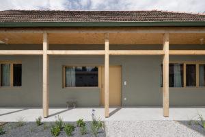 Veranda typického dělnického domu