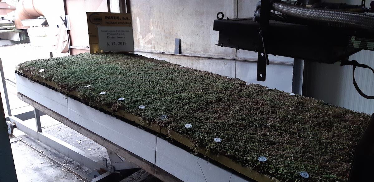 Vegetační extenzivní střecha ISOVER s certifikací BROOF (t3)