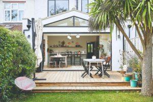 Otevřená kuchyň do zahrady v Londýnském domě