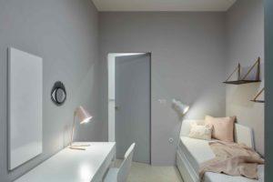 Dětský pokoj s bílým nábytkem