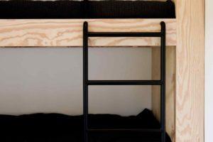 Dětský pokoj s poschodovou postelí