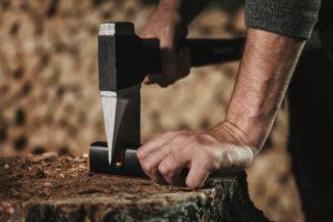 Štípaní dřeva