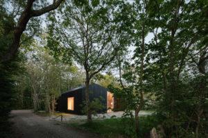 Víkendový dům v lese