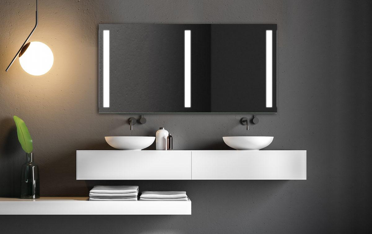 Jak zařídit malou koupelnu? Osvědčená řešení designérů, jak na to