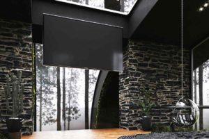 Moderní ložnice s prosklenou stěnou