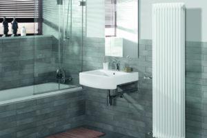 Moderní radiátor v koupelně