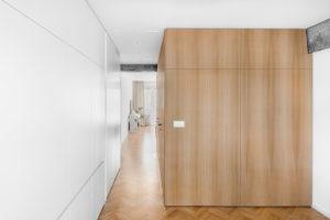Nábytkový box v chodbě