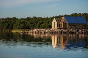 Víkendový domek na břehu řeky