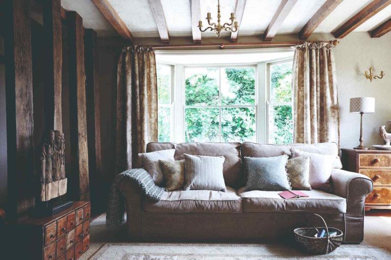 Zasloužený důchod si užívají v zrekonstruovaném domě, který byl kdysi zájezdní hostinec