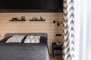 Ložnice v moderní stodole