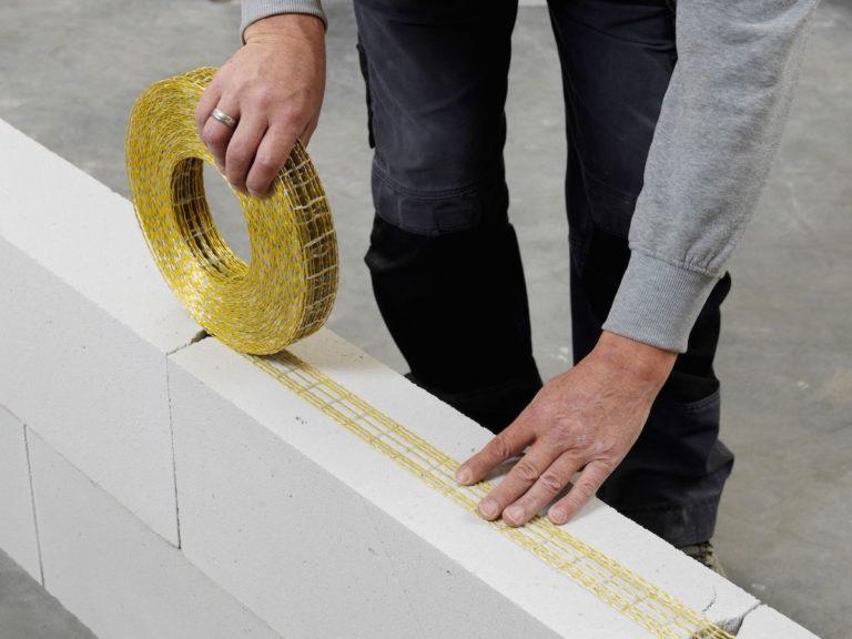 Nové výztužné pásy Ytofor nabízí systémové řešení vyztužení namáhaných stěn