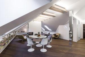 Otevřené obytné moderné podkroví