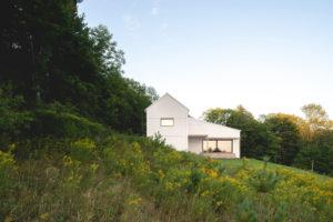 Třípodlažní pasivní domek v chráněné oblasti